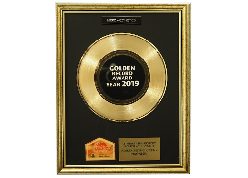1st Winner Golden Record Award 2019 by Merz Aesthetics for Ultherapy Indonesia
